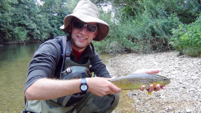 Truite de 36 cm en nymphe à vu, le premier poisson du séjour