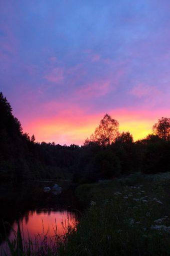 Le moment du couché de soleil : début du moment où l'on commence à ne plus trop bien voir la mouche!