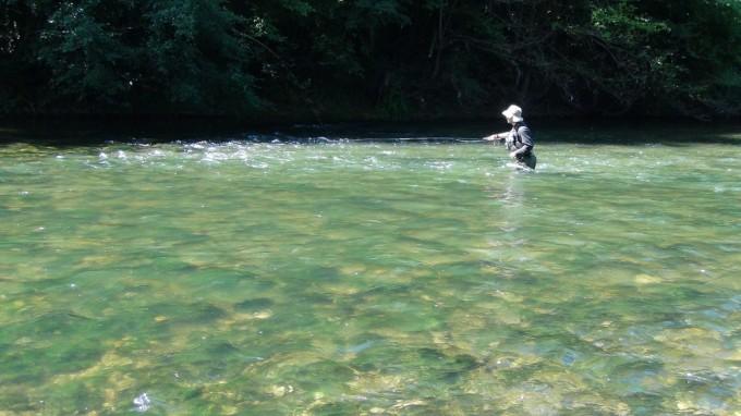 Pêche dans des rivières plus larges