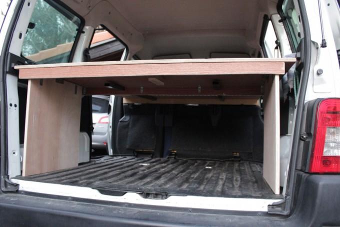 Vue de dessous, on garde la place du coffre sur 51.5cm